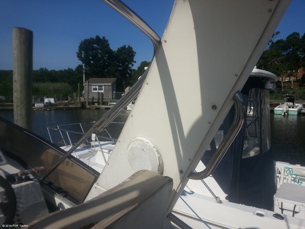 1988 Silverton boat for sale, model of the boat is 30X & Image # 34 of 40