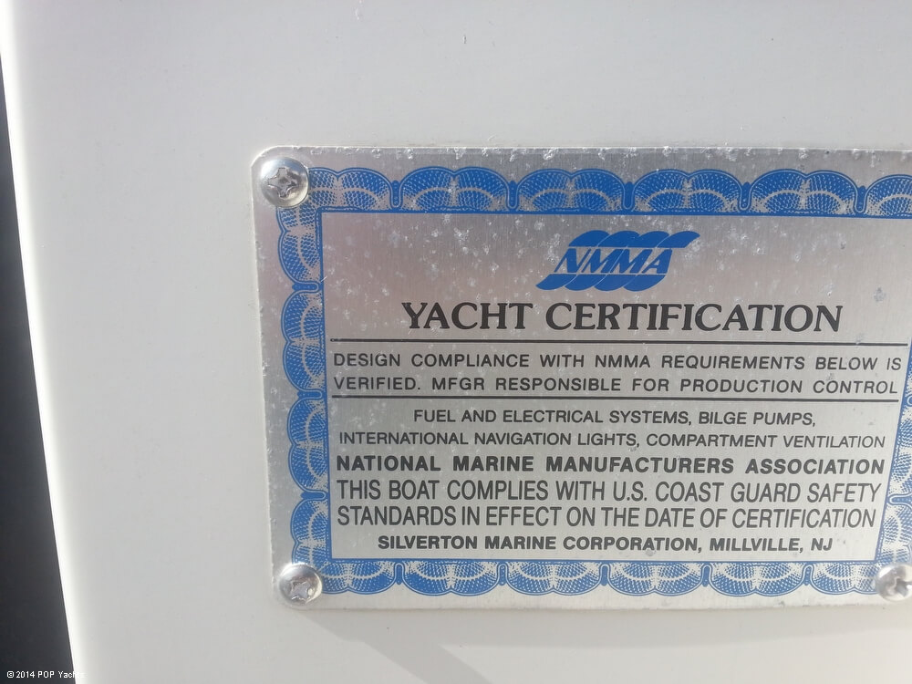 1988 Silverton boat for sale, model of the boat is 30X & Image # 38 of 40