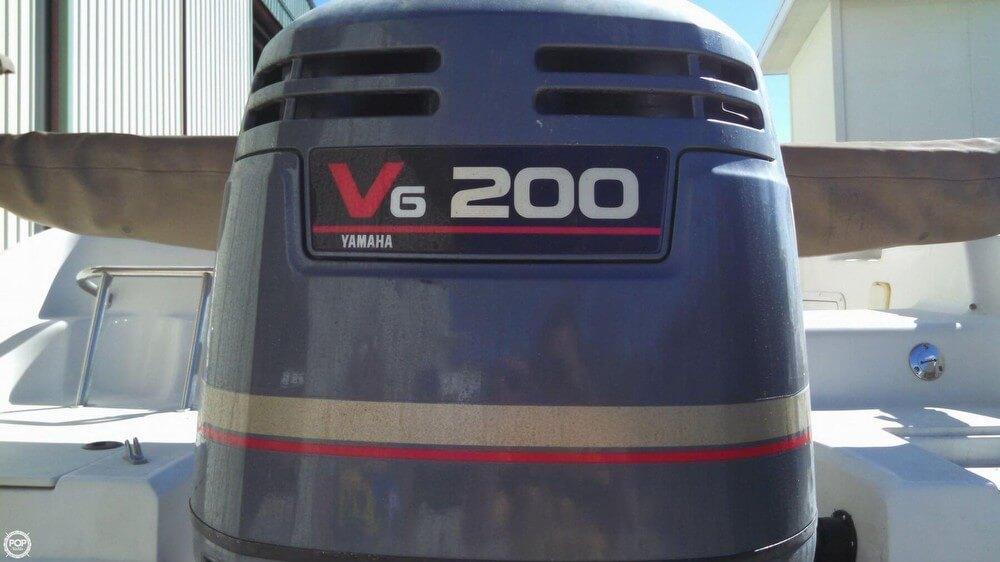 2003 Hurricane 237 Sundeck - Photo #13