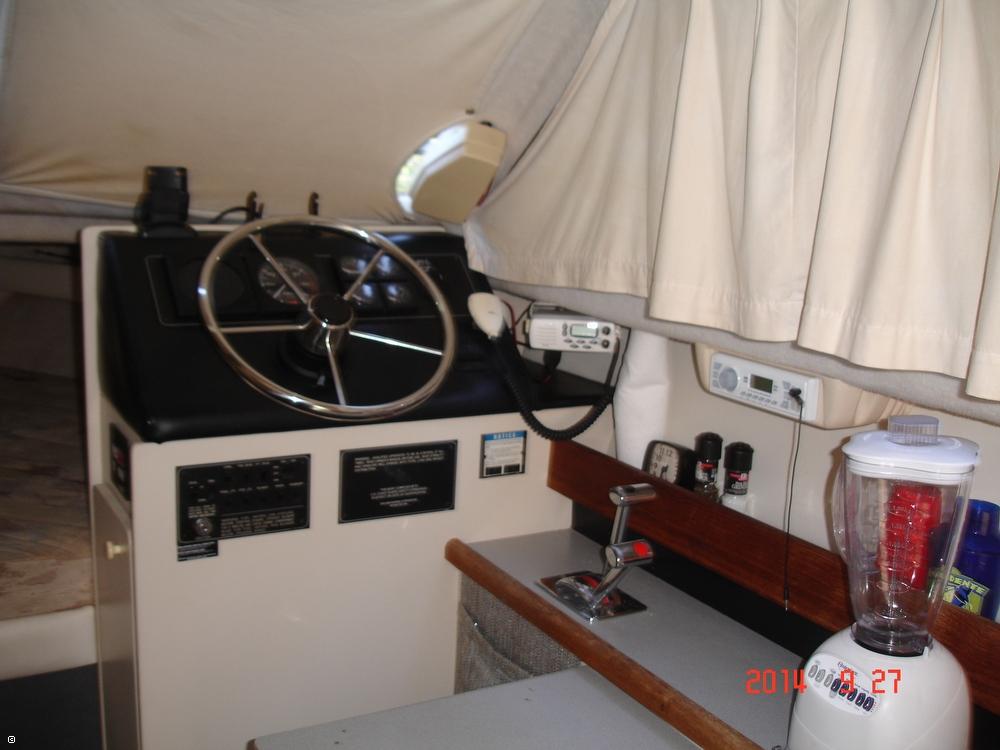 1995 Bayliner 2858 Command Bridge Classic - Photo #18