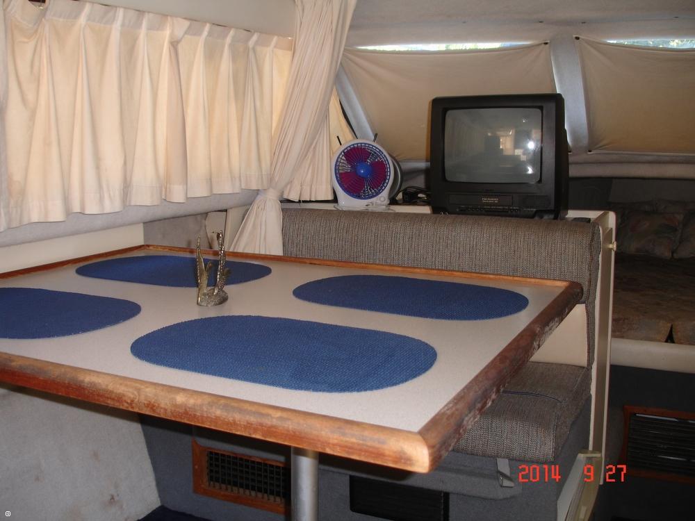 1995 Bayliner 2858 Command Bridge Classic - Photo #34