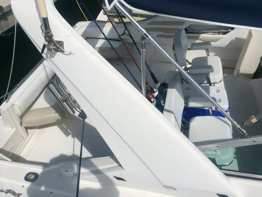 1992 Sea Ray 330 Sundancer Cruiser - Photo #22
