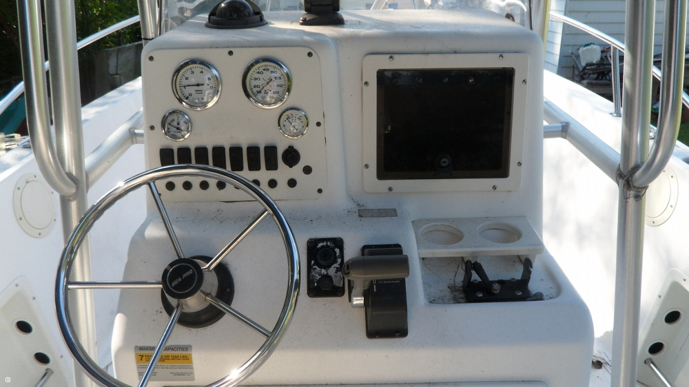 2000 Sea Pro 210 CC - Photo #18