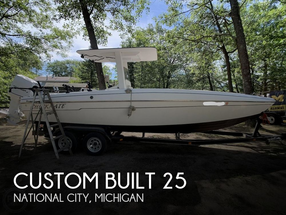 2013 Custom Built 25 Center Console