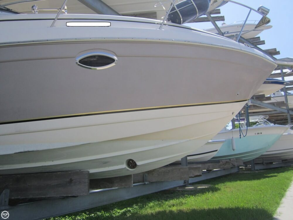 Solid Cruiser. Fully Loaded!! Mid-cabin, GPS, Fishfinder, Bow Thruster Upgrade, Cold A/C. Stereo, TV
