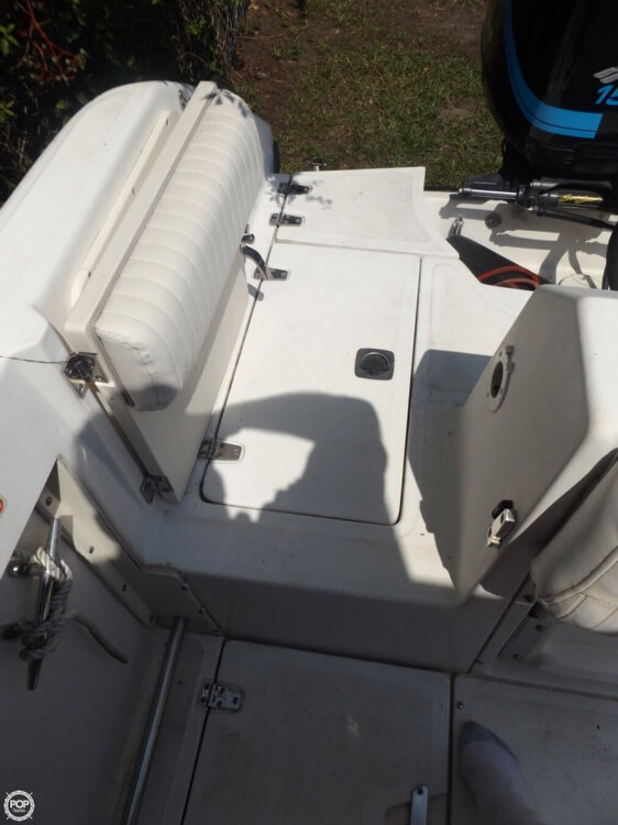 2002 Boston Whaler 230 Outrage - Photo #22