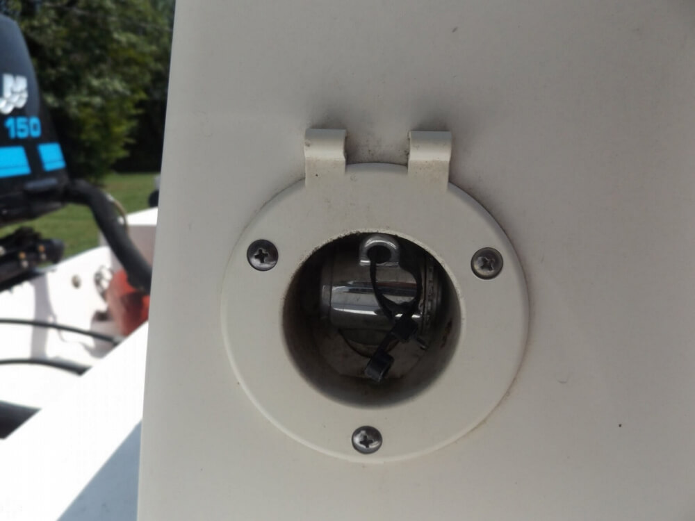 2002 Boston Whaler boat for sale, model of the boat is 230 Outrage & Image # 25 of 41