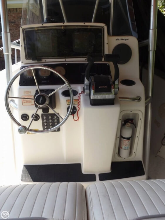 2002 Boston Whaler 230 Outrage - Photo #37