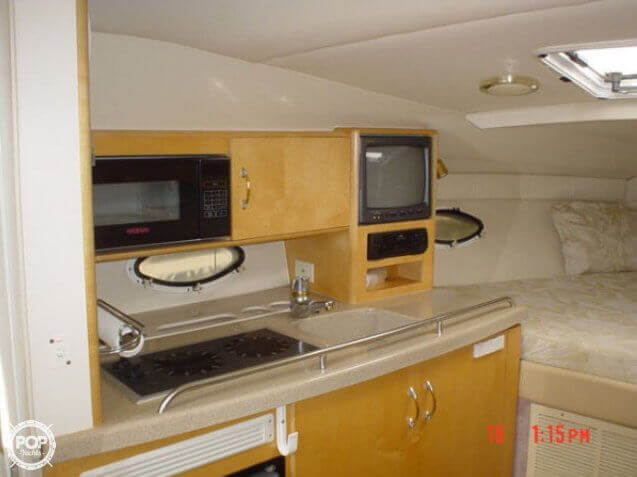 2000 Larson boat for sale, model of the boat is 290 Cabrio & Image # 7 of 22