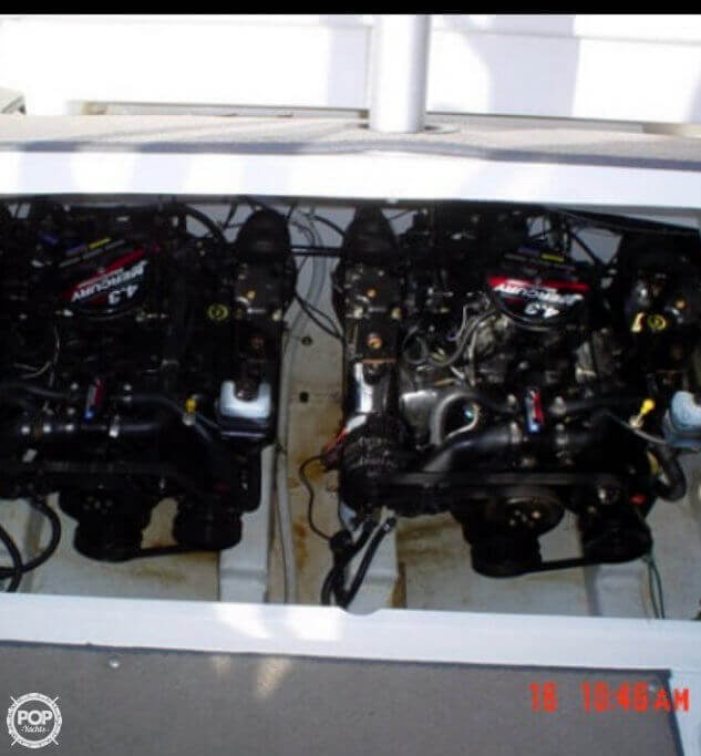 2000 Larson boat for sale, model of the boat is 290 Cabrio & Image # 11 of 22