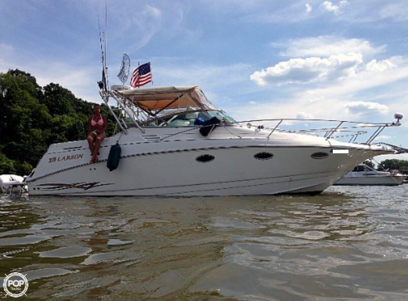 2000 Larson boat for sale, model of the boat is 290 Cabrio & Image # 2 of 22