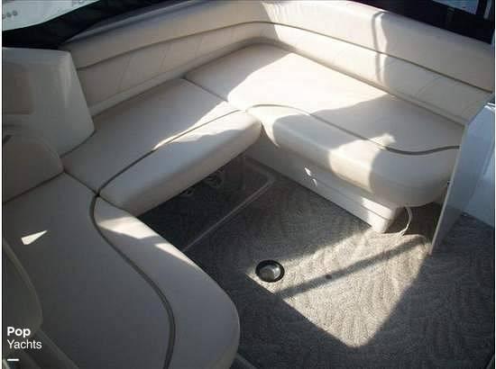 2006 Larson 330 Cabrio - Photo #22
