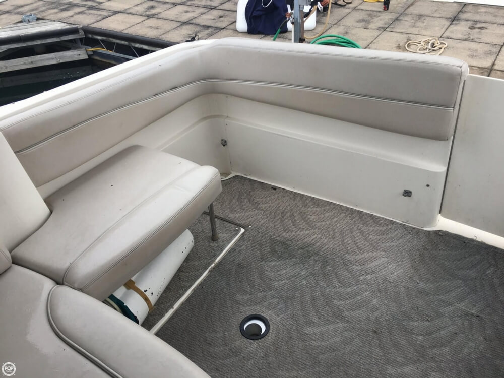 2006 Larson boat for sale, model of the boat is 330 Cabrio & Image # 19 of 40