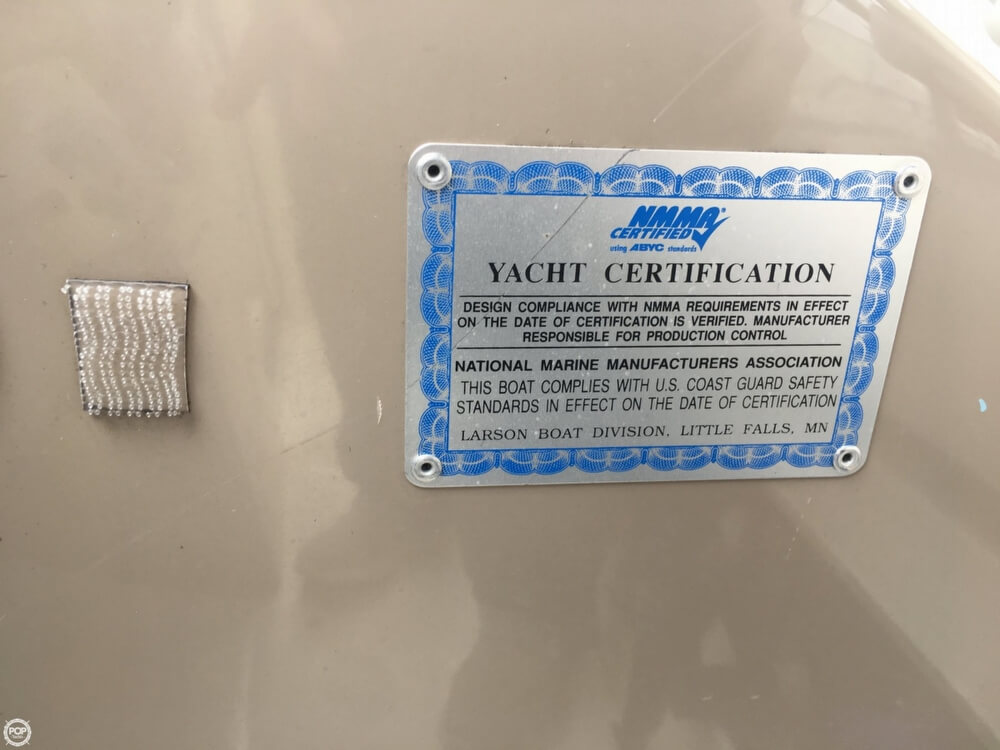 2006 Larson boat for sale, model of the boat is 330 Cabrio & Image # 35 of 40