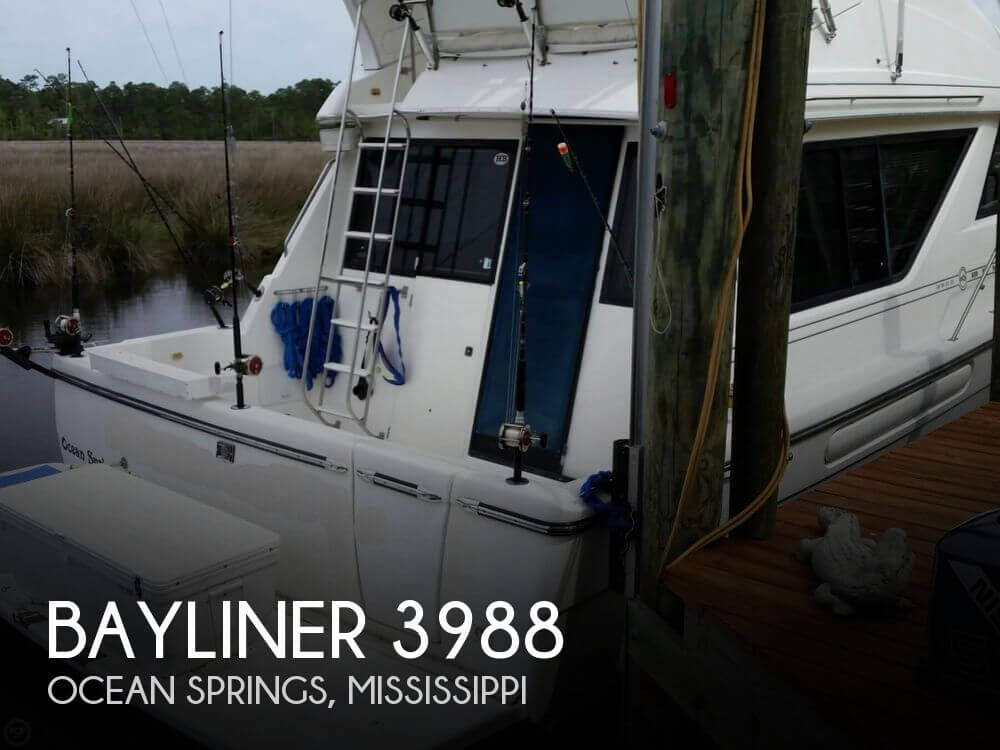 1999 Bayliner 3988 - Photo #1