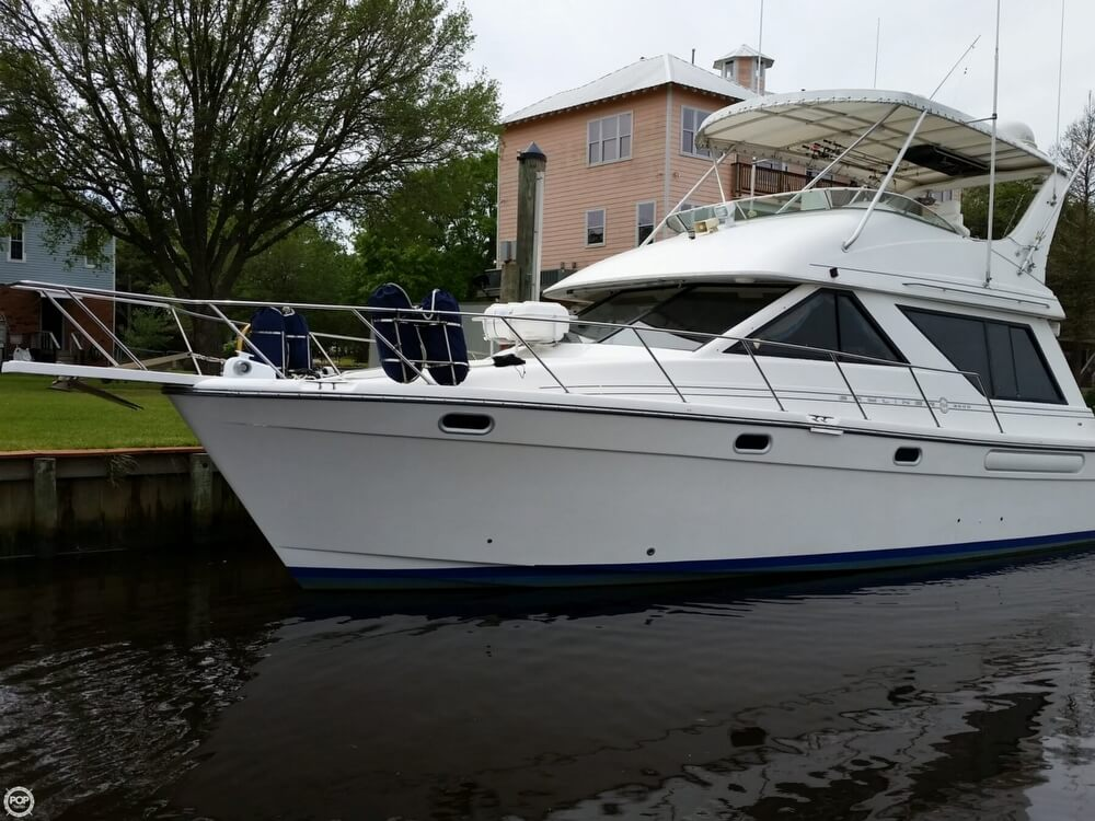 1999 Bayliner 3988 - Photo #20