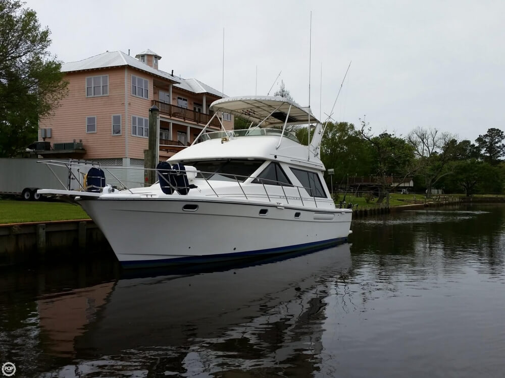 1999 Bayliner 3988 - Photo #22