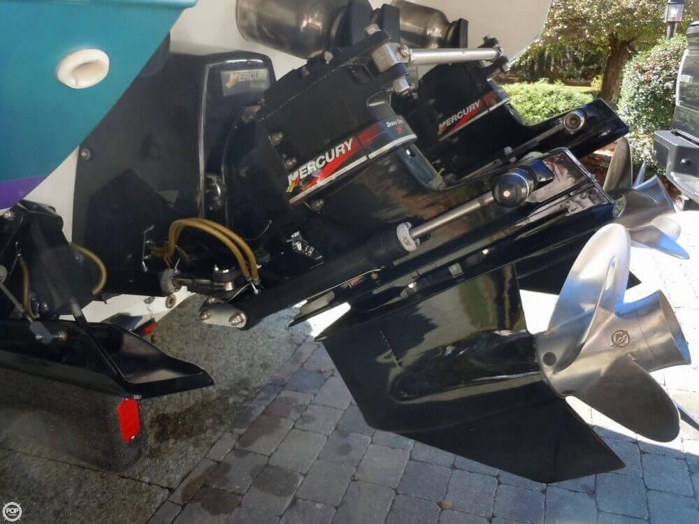 2005 Formula 353 Fastech - Photo #25