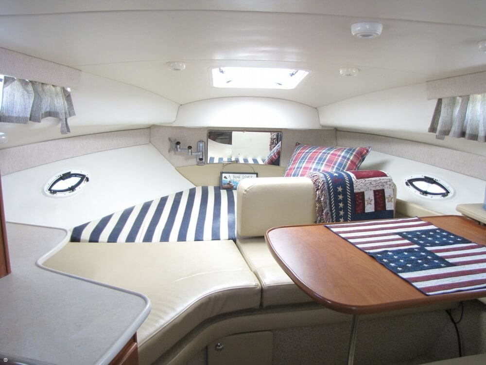 2004 Bayliner 265 SB Cruiser - Photo #21