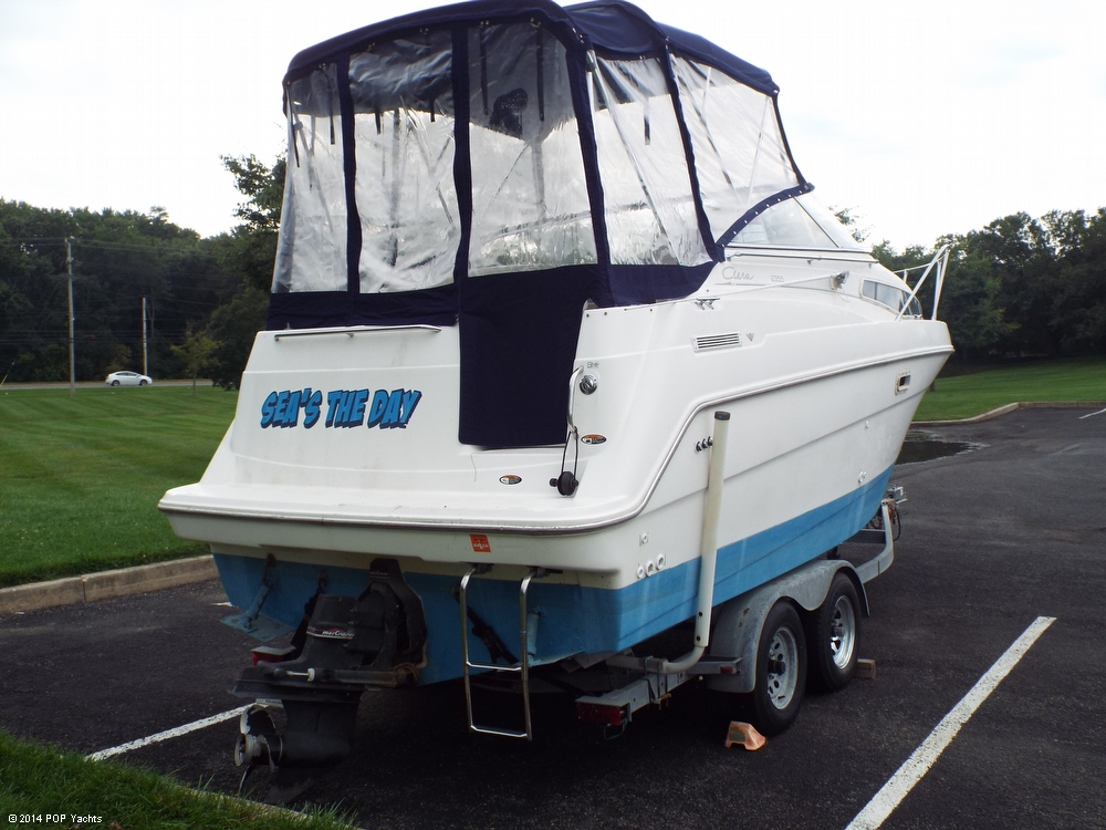 1997 Bayliner 2355 Ciera - Photo #12