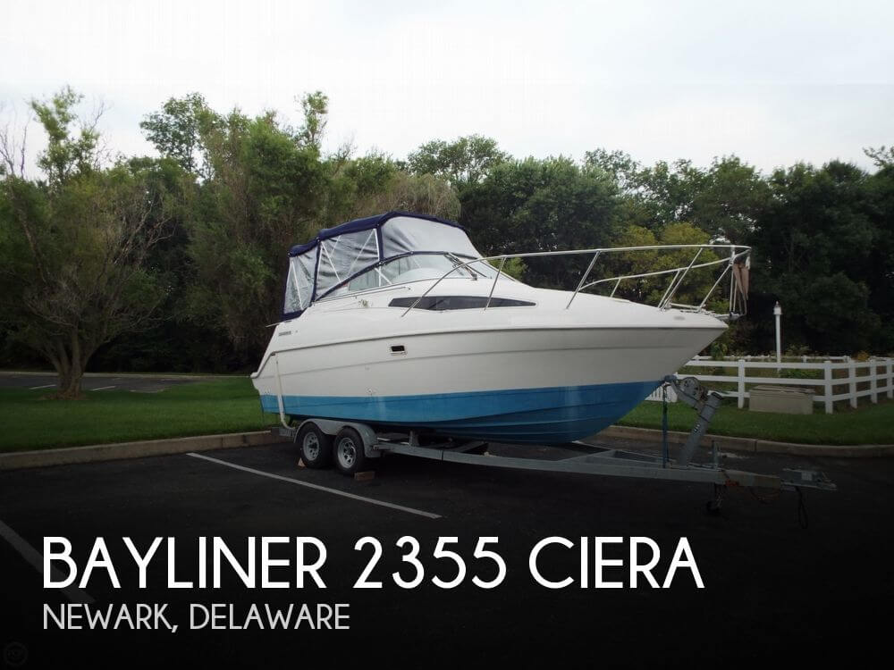 1997 Bayliner 2355 Ciera - Photo #1