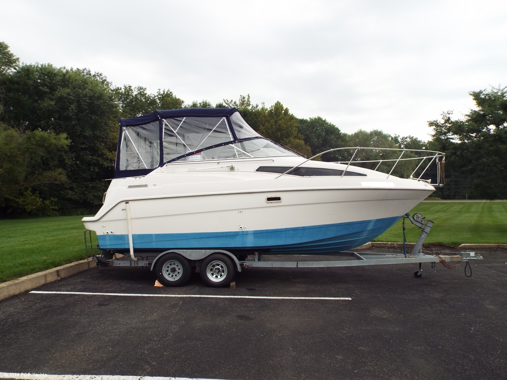 1997 Bayliner 2355 Ciera - Photo #2