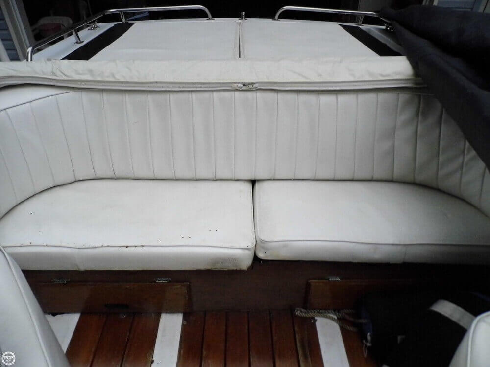 1982 Wellcraft boat for sale, model of the boat is Nova 260 II & Image # 18 of 41