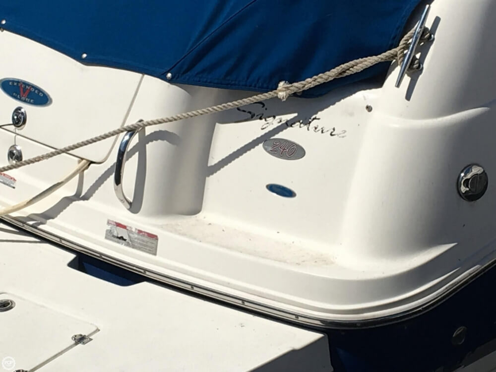 2006 Chaparral boat for sale, model of the boat is 240 Signature & Image # 12 of 40