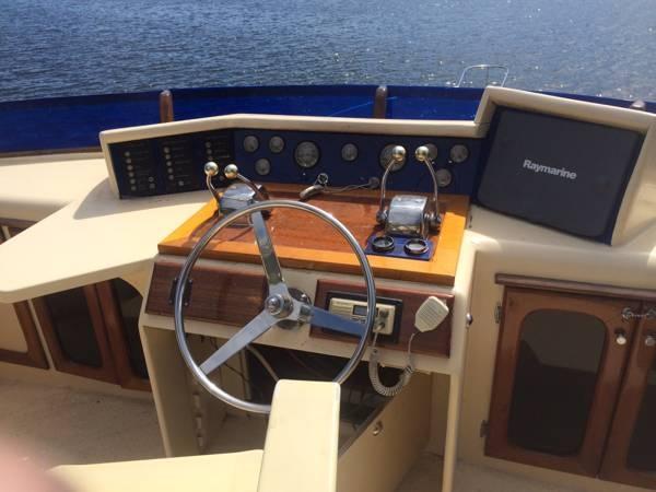 1980 Tiffany Yachts 41 - Photo #19