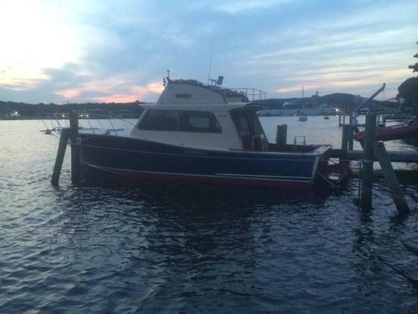 1980 Tiffany Yachts 41 - Photo #5