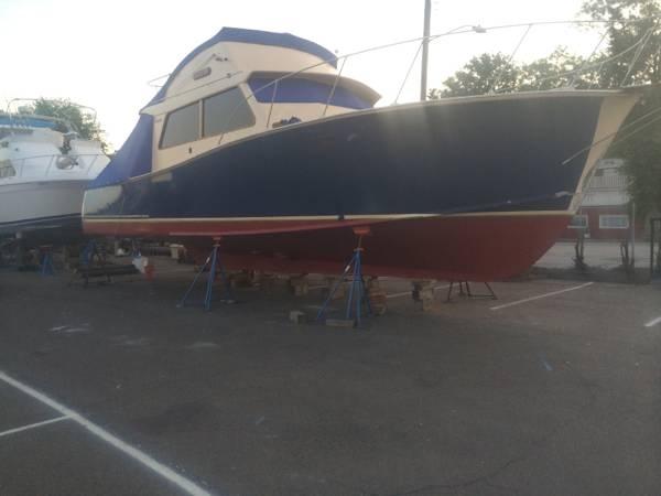 1980 Tiffany Yachts 41 - Photo #9
