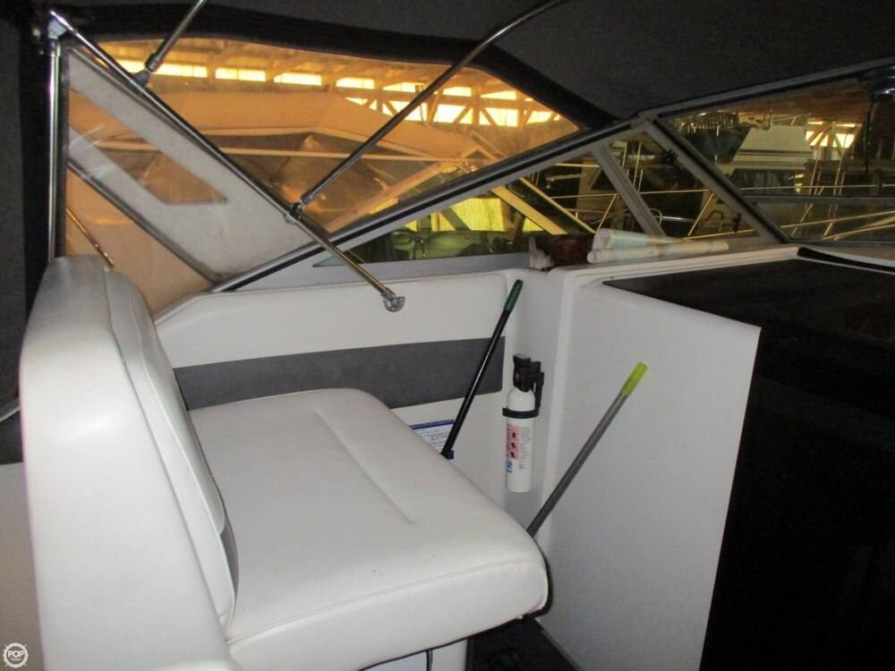1987 Chris Craft boat for sale, model of the boat is 320 Amerisport Express & Image # 14 of 40