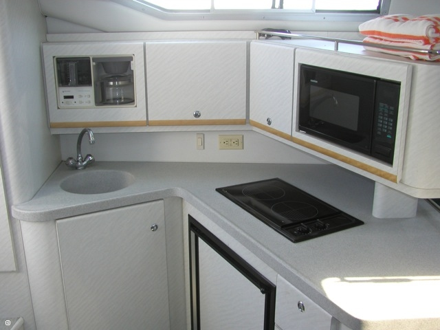 Galley  - Clean, Bright, And Functional!