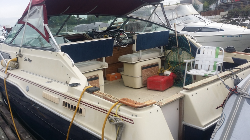 1985 Sea Ray 30 Weekender - Photo #5