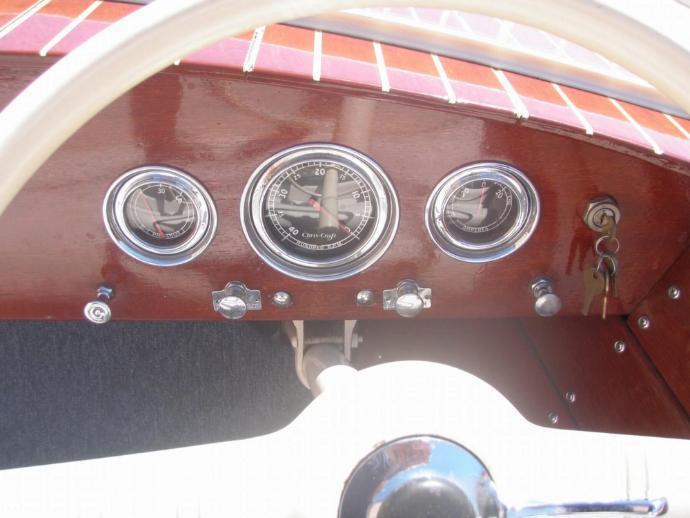 1954 Chris-Craft Sportsman Deluxe - Photo #10