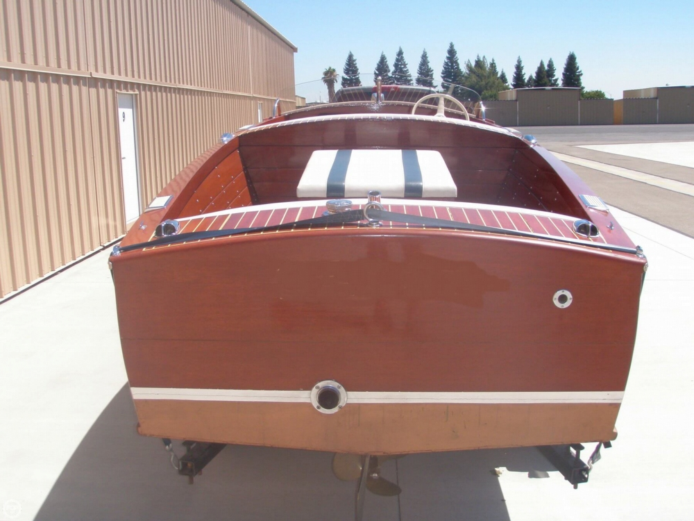 1954 Chris-Craft Sportsman Deluxe - Photo #2