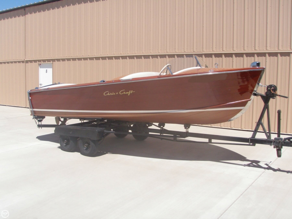 1954 Chris-Craft Sportsman Deluxe - Photo #3
