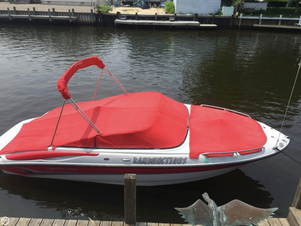 2005 Crownline boat for sale, model of the boat is 206 LS & Image # 3 of 40
