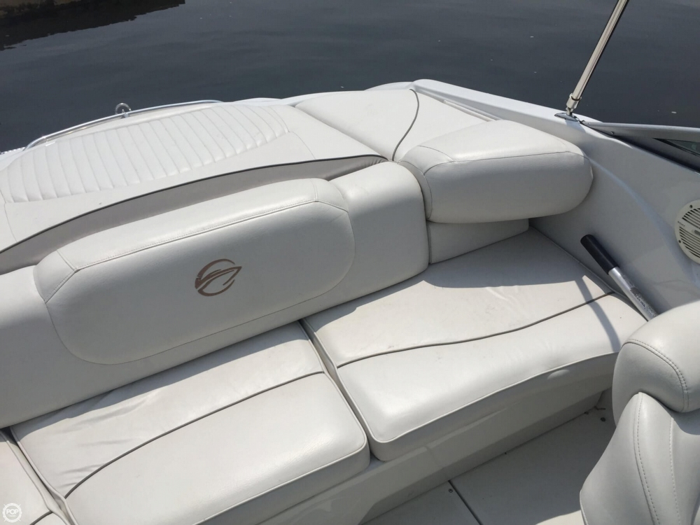 2005 Crownline boat for sale, model of the boat is 206 LS & Image # 21 of 40