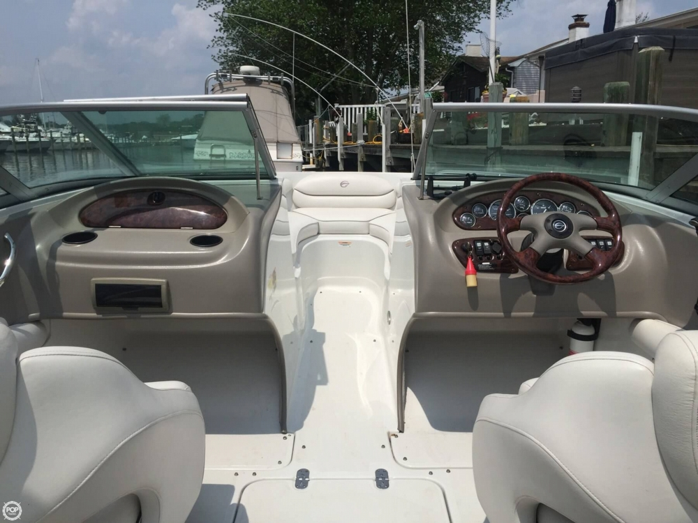 2005 Crownline boat for sale, model of the boat is 206 LS & Image # 32 of 40