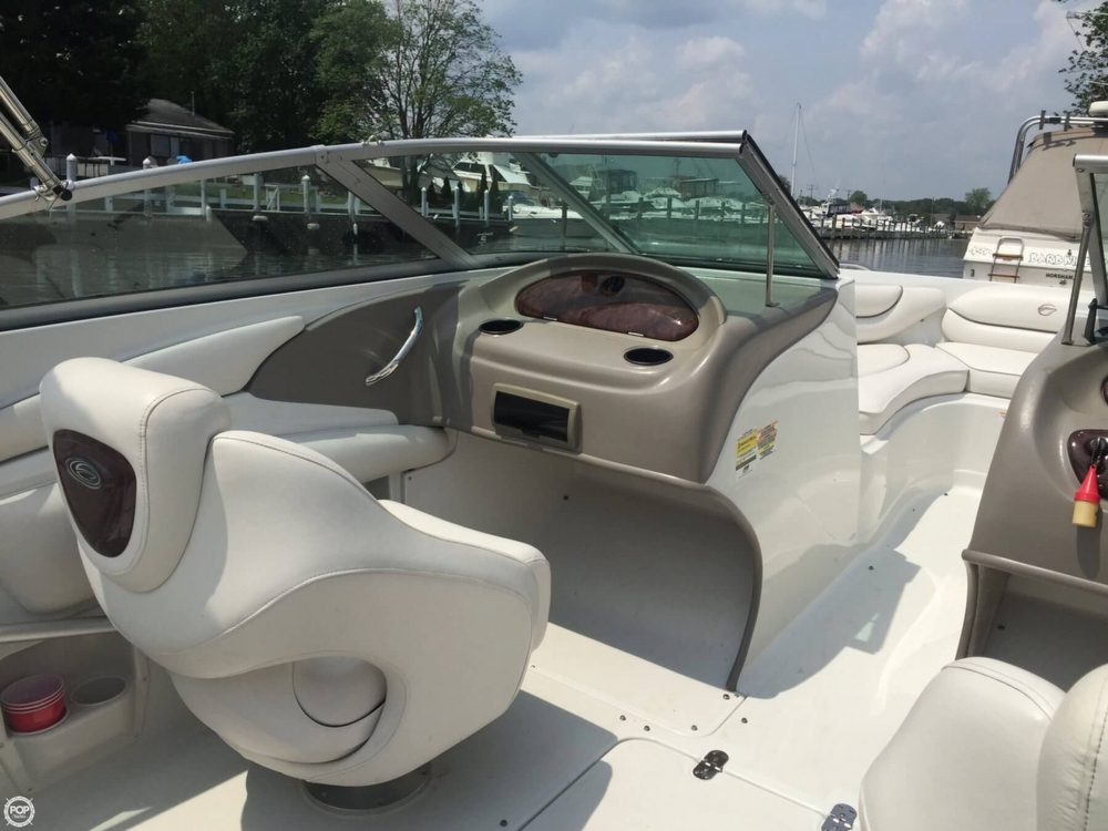 2005 Crownline boat for sale, model of the boat is 206 LS & Image # 33 of 40