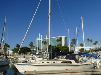 O'day 34, 34', for sale - $16,900