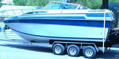 Celebrity 266 Crownline, 26', for sale - $22,000