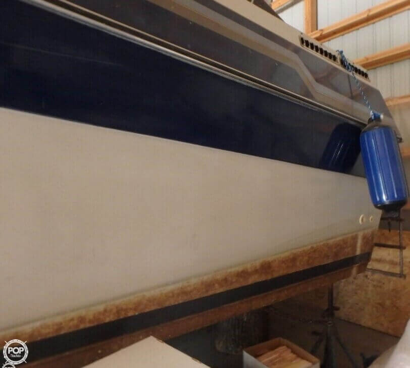 1988 Celebrity boat for sale, model of the boat is 266 Crownline & Image # 8 of 40