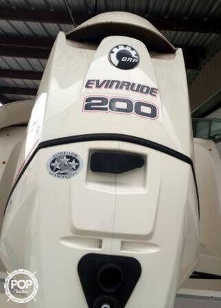 2007 Hurricane 2000 Sport Deck - Photo #8