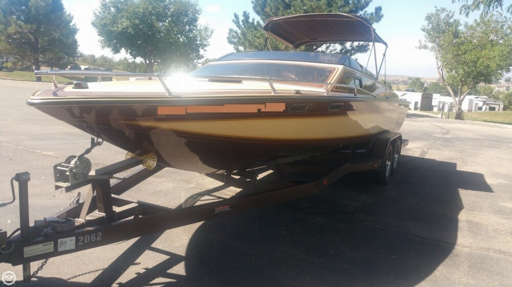 1983 Tahiti boat for sale, model of the boat is Caribbean Day Cruiser & Image # 19 of 40