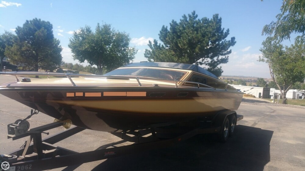 1983 Tahiti boat for sale, model of the boat is Caribbean Day Cruiser & Image # 24 of 40