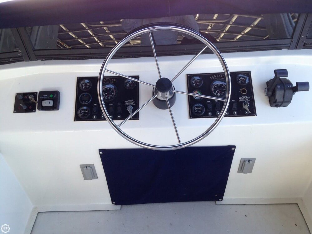 2002 Lakeview Yachts 77 - Photo #32