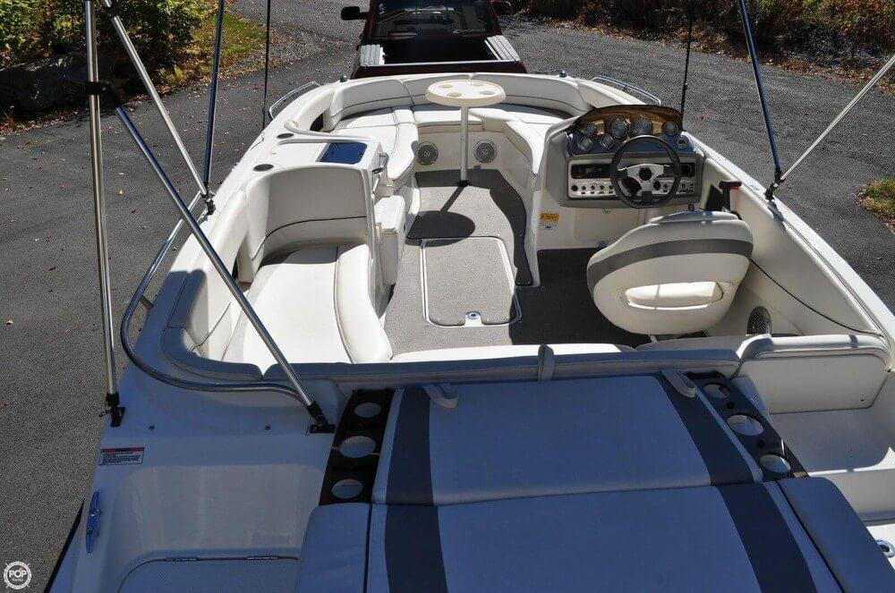 2011 Bayliner 217 SD Deck Boat - Photo #13