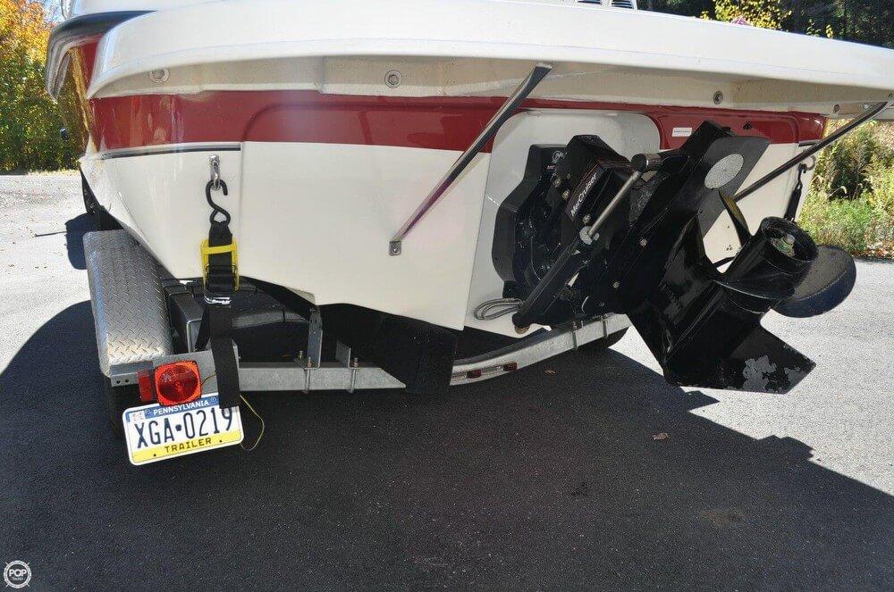 2011 Bayliner 217 SD Deck Boat - Photo #15